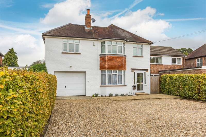 5 Bedrooms Detached House for sale in Smarts Heath Road, Woking, Surrey, GU22