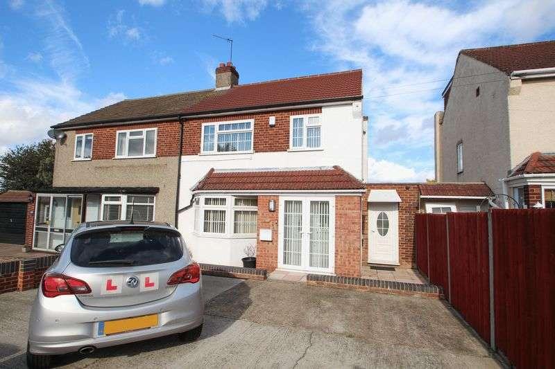 3 Bedrooms Semi Detached House for sale in Watling Street, Dartford