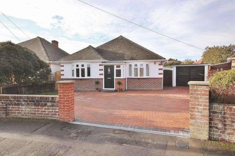 2 Bedrooms Detached Bungalow for sale in Braemar Avenue, Hengistbury Head