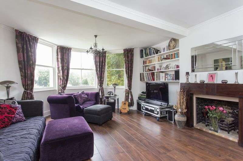 3 Bedrooms Flat for sale in Bloomfield Road, Highgate Village, N6