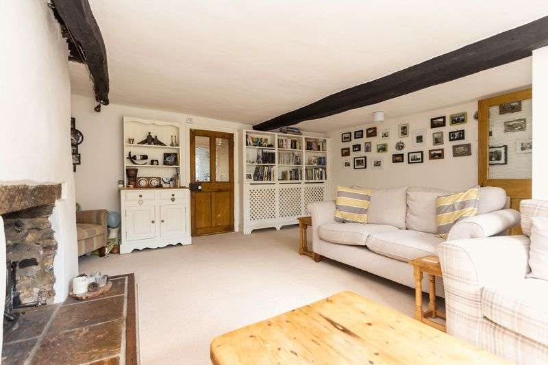3 Bedrooms Terraced House for sale in New Exeter Street, Chudleigh, Newton Abbot