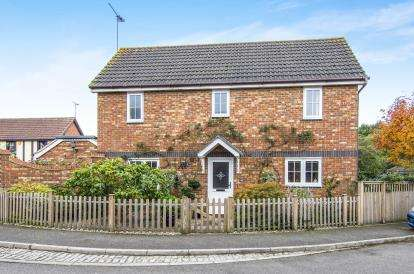3 Bedrooms Link Detached House for sale in Heybridge, Maldon, Essex