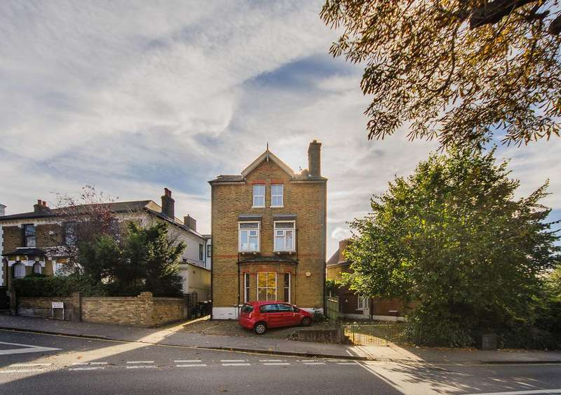 3 Bedrooms Flat for sale in St Peters Road, South Croydon, CR0