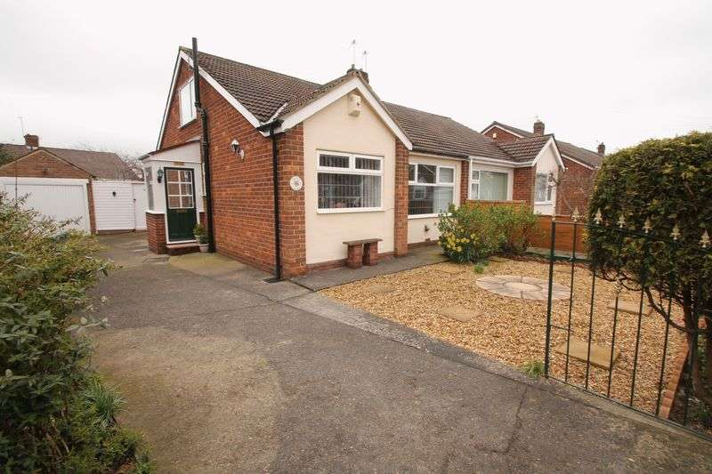 3 Bedrooms Semi Detached Bungalow for sale in Medbourne Gardens, Brookfield