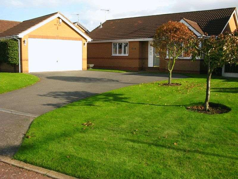 3 Bedrooms Detached Bungalow for sale in Pavilion Gardens, Sutton-In-Ashfield