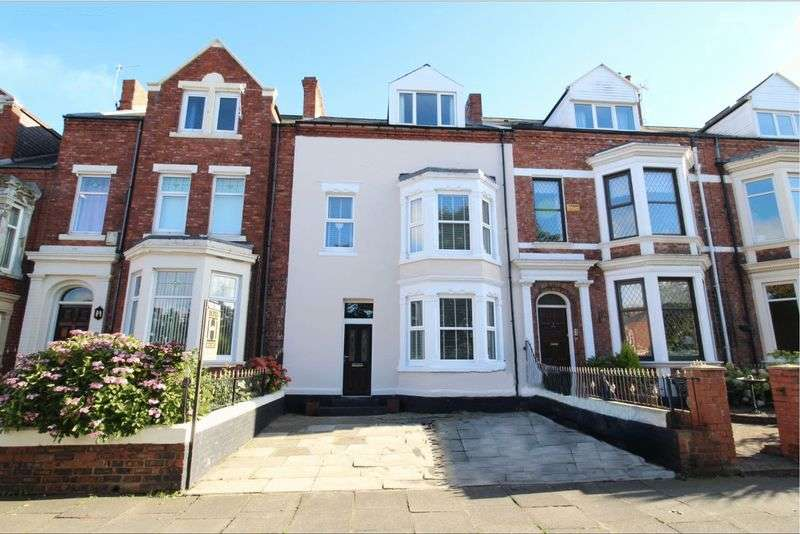 7 Bedrooms Terraced House for sale in Mowbray Road, South Shields