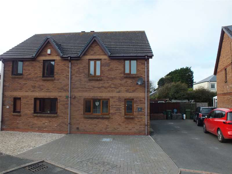 3 Bedrooms Semi Detached House for sale in Honeyborough Grove, Neyland, Milford Haven