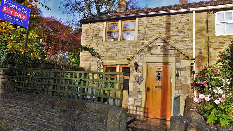 2 Bedrooms Cottage House for sale in West Street, Padiham