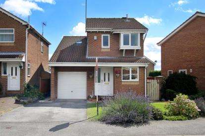 3 Bedrooms Detached House for sale in Gaunt Road, Bramley, Rotherham, South Yorkshire