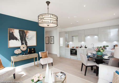 2 Bedrooms Apartment Flat for rent in Bath Road, Maidenhead, Berkshire, SL6 4LB