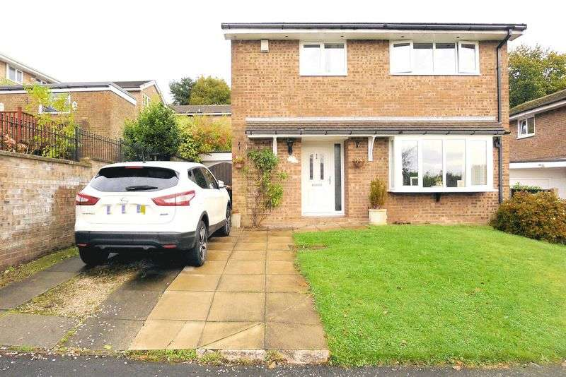 3 Bedrooms Detached House for sale in Higher Ridings, Bromley Cross, Bolton