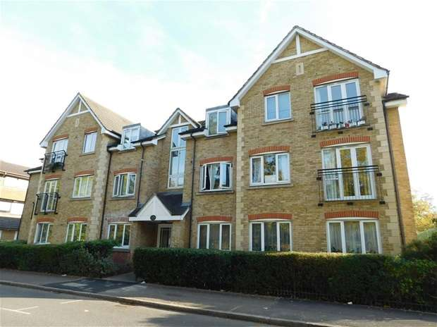 2 Bedrooms Flat for sale in Hollyfield Road, Surbiton