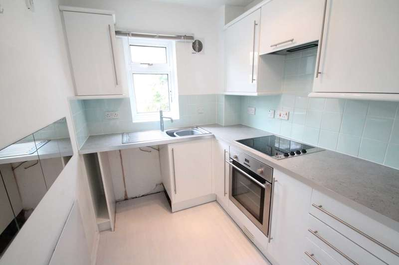 1 Bedroom House for sale in Stanmore Road, Wickford