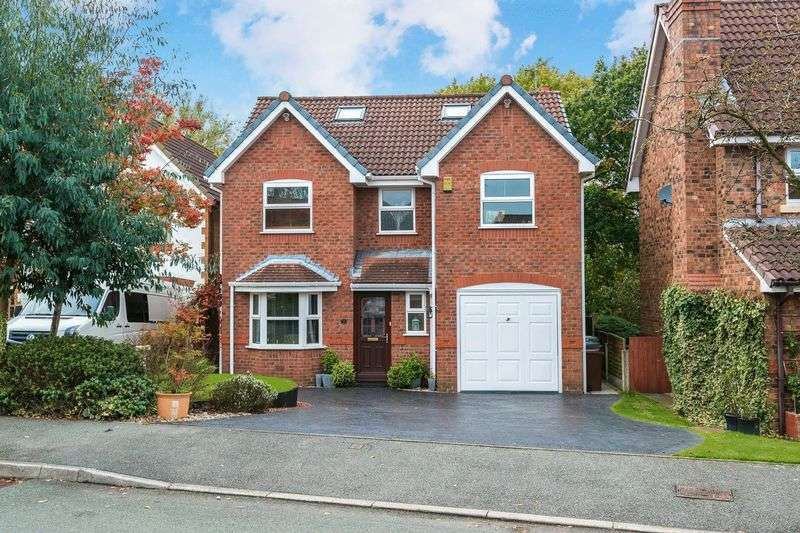 5 Bedrooms Detached House for sale in Churchlands Lane, Standish