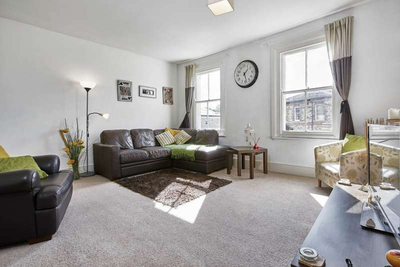 3 Bedrooms Apartment Flat for sale in Byrne Road, Balham, SW12