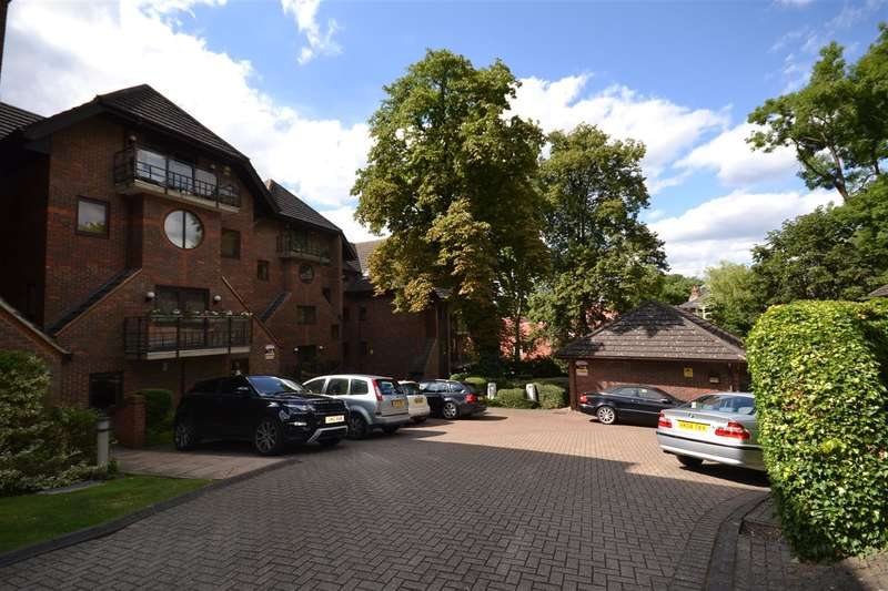 3 Bedrooms Apartment Flat for sale in Palmerston Court, Elmfield Close, Harrow on the Hill