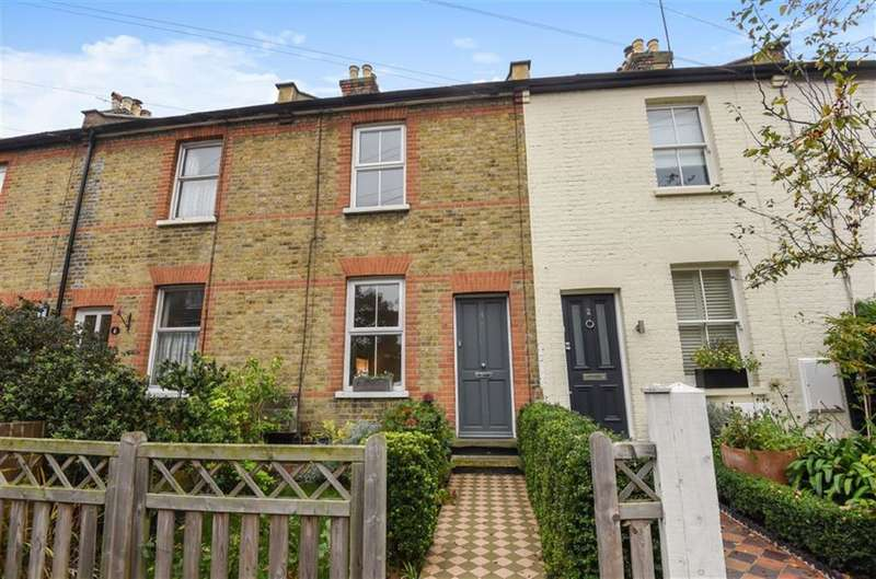 3 Bedrooms Property for sale in Florence Road, Kingston Upon Thames