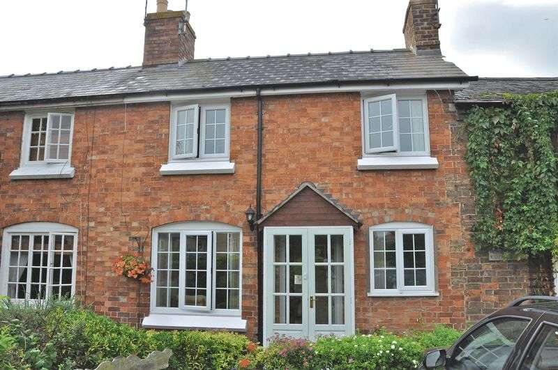 2 Bedrooms Terraced House for sale in Main Street, Sedgeberrow, Evesham, WR11 7UF