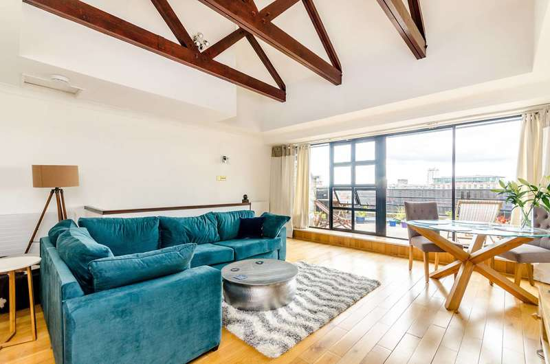 2 Bedrooms Flat for sale in St Katharines Way, Wapping, E1W