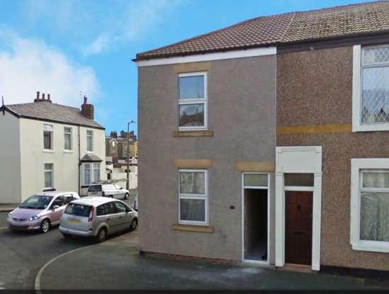 2 Bedrooms Terraced House for sale in Blakiston St, Fleetwood, Lancashire, FY7 6EN