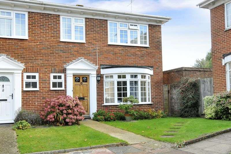 3 Bedrooms Terraced House for sale in Langham Gardens, Worthing