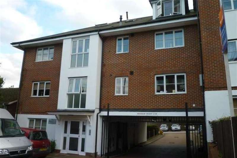 2 Bedrooms Flat for sale in Crown Dale, SE19