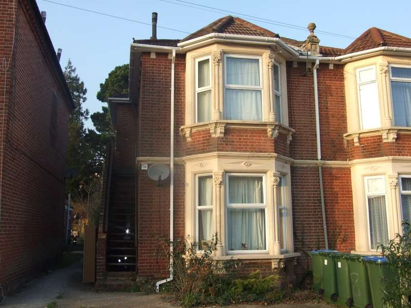 8 Bedrooms Flat for rent in Portswood