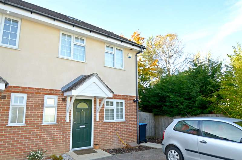 3 Bedrooms Semi Detached House for sale in Hawthorn Close, Warlingham