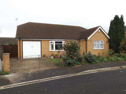 3 Bedrooms Bungalow for sale in Tyler Crescent, Butterwick, Boston, Lincolnshire