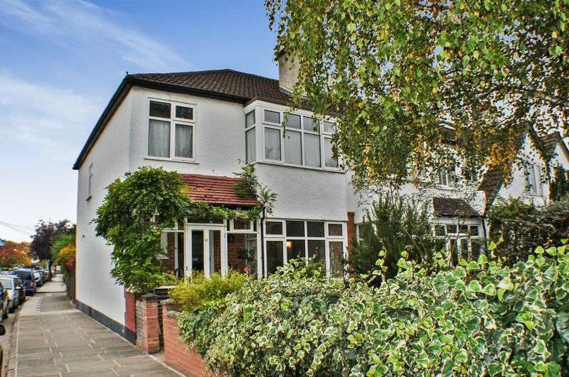 3 Bedrooms Terraced House for sale in Cambridge Road, Teddington