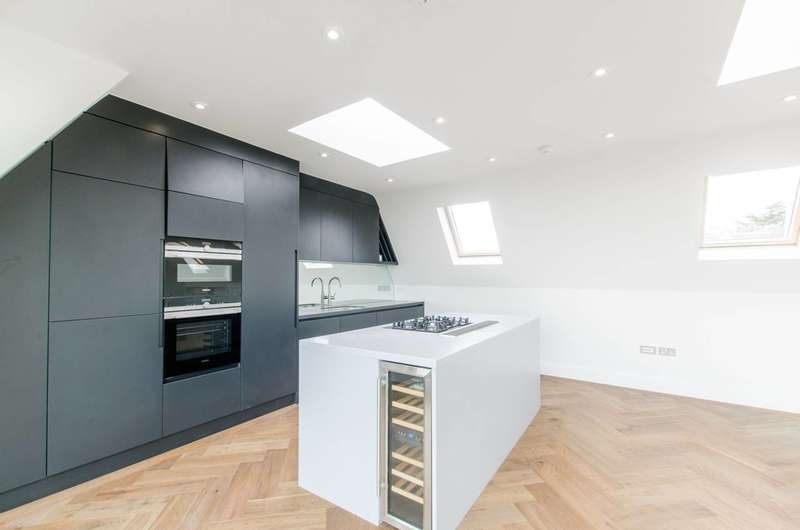 3 Bedrooms Flat for sale in Parliament Hill, Hampstead, NW3