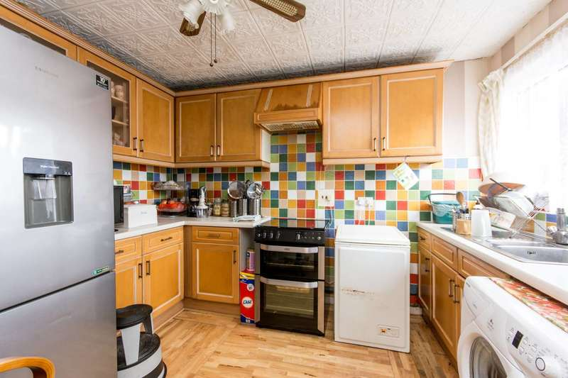 2 Bedrooms Flat for sale in Christchurch Avenue, Brondesbury Park, NW6