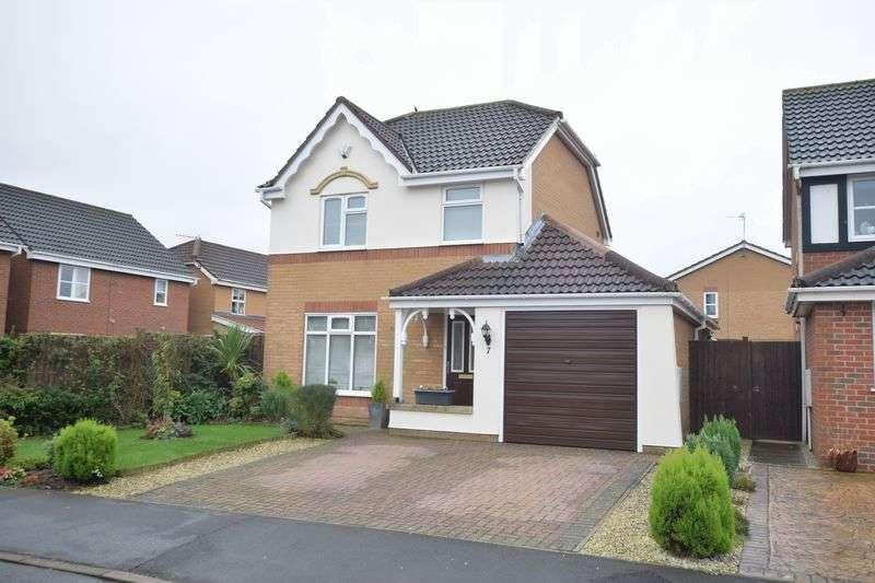 3 Bedrooms Detached House for sale in Cardyke Way, Bracebridge Heath, Lincoln