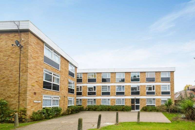 2 Bedrooms Flat for sale in Long Acre Court, W13 0DA