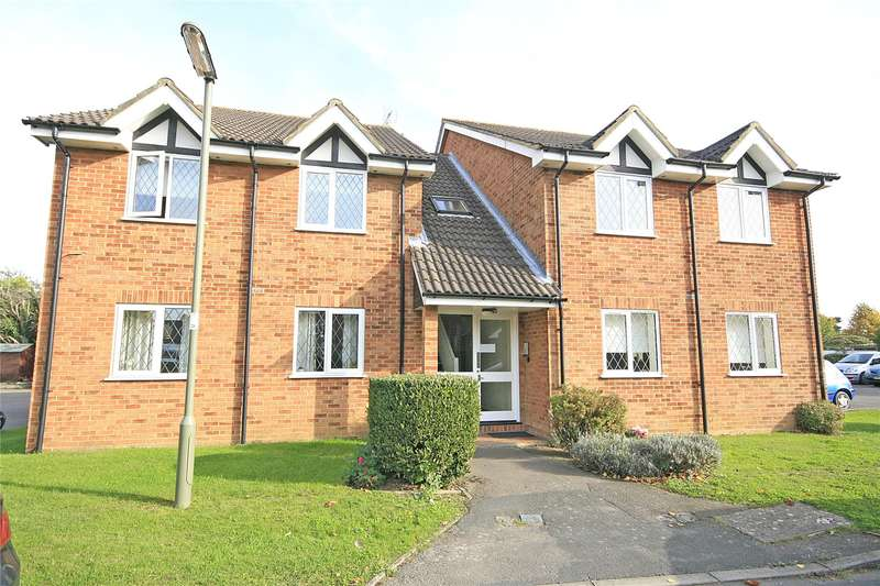 1 Bedroom Apartment Flat for sale in Wakefield Close, Byfleet, West Byfleet, Surrey, KT14