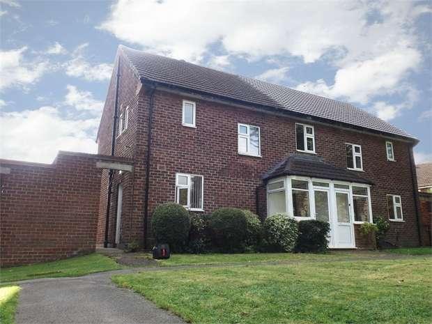 2 Bedrooms Semi Detached House for sale in Merton Road, Hooton, Ellesmere Port, Merseyside