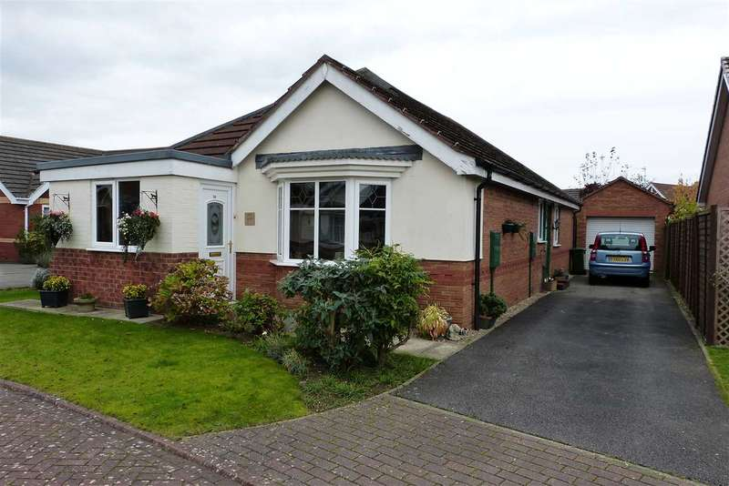 3 Bedrooms Bungalow for sale in Woodpecker Way, Kirton in Lindsey