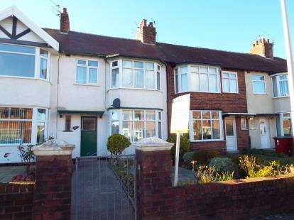 3 Bedrooms Terraced House for sale in Wynnwood Avenue, Blackpool, Lancashire, FY1
