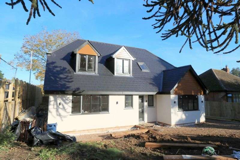 5 Bedrooms Detached House for sale in Park Lane, Lane End