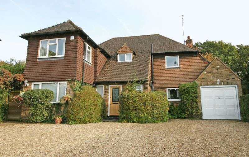 4 Bedrooms Detached House for sale in Crispin Way, Farnham Common, Buckinghamshire SL2