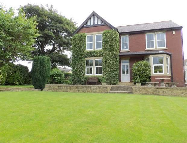 4 Bedrooms Detached House for sale in Tun Lane, South Hiendley