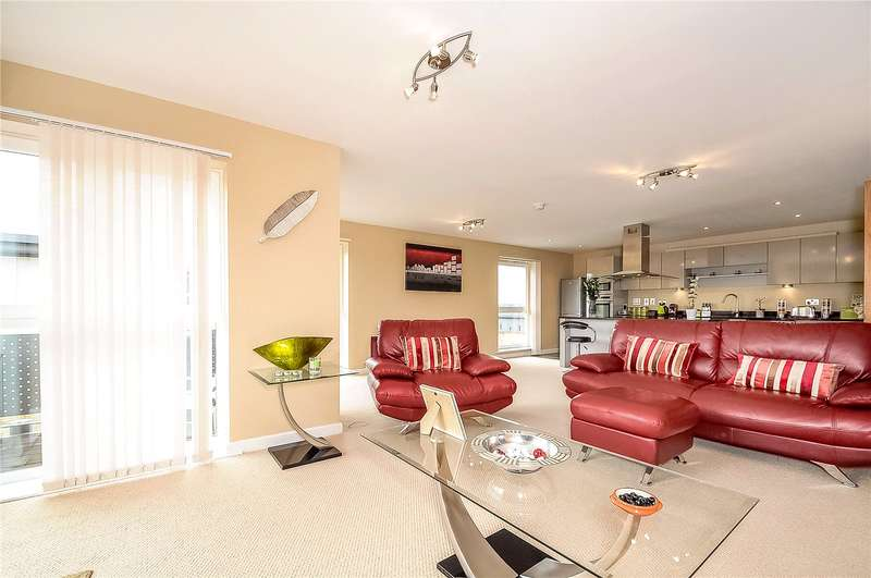 3 Bedrooms Penthouse Flat for sale in Catalonia Apartments, Metropolitan Station Approach, Watford, Hertfordshire, WD18