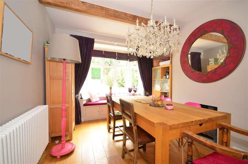 4 Bedrooms Detached House for sale in Cat Street, Upper Hartfield, East Sussex