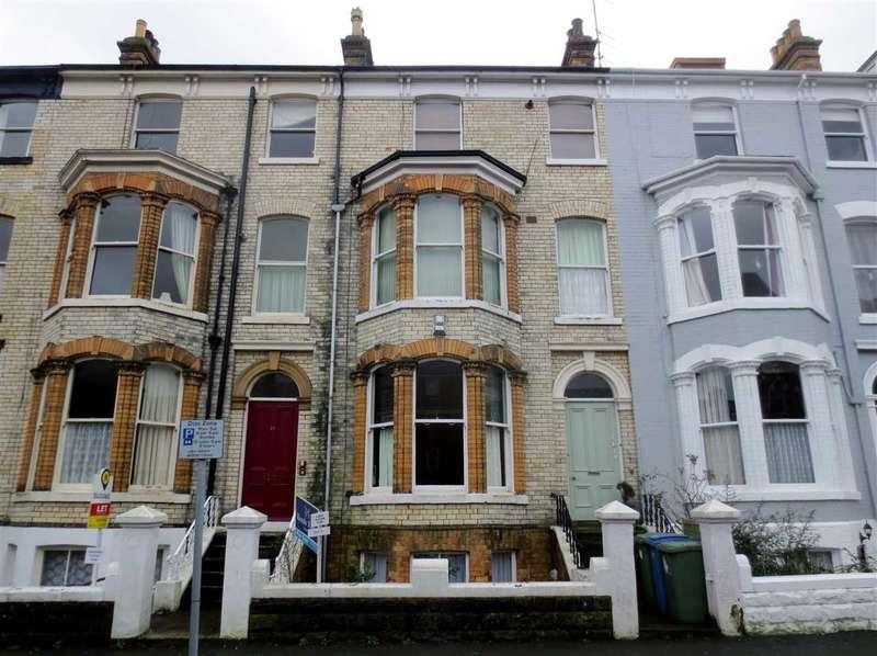 2 Bedrooms Apartment Flat for sale in Esplanade Gardens, Scarborough