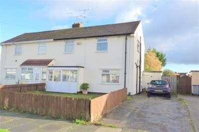 2 Bedrooms Semi Detached House for rent in Blundells Drive, Moreton