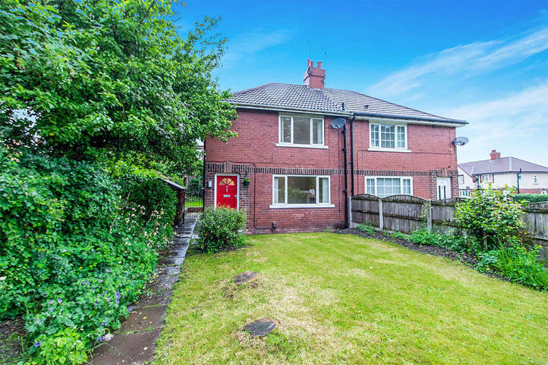 3 Bedrooms Semi Detached House for sale in Elland Road, Churwell,Morley, Leeds, LS27
