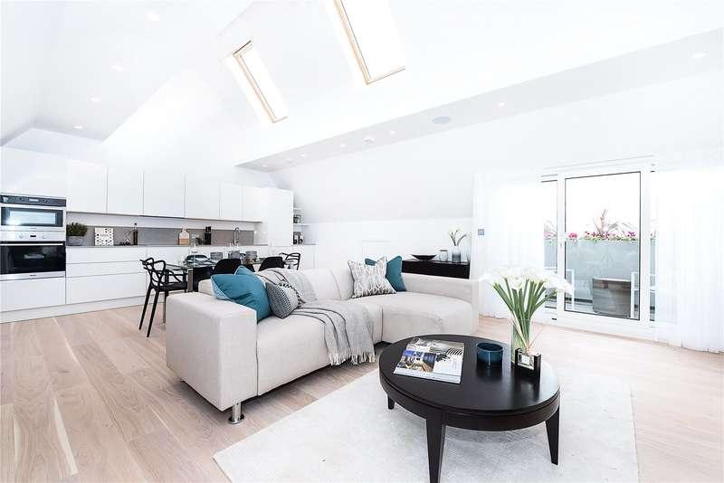 2 Bedrooms Flat for sale in Walpole Court, London, W5