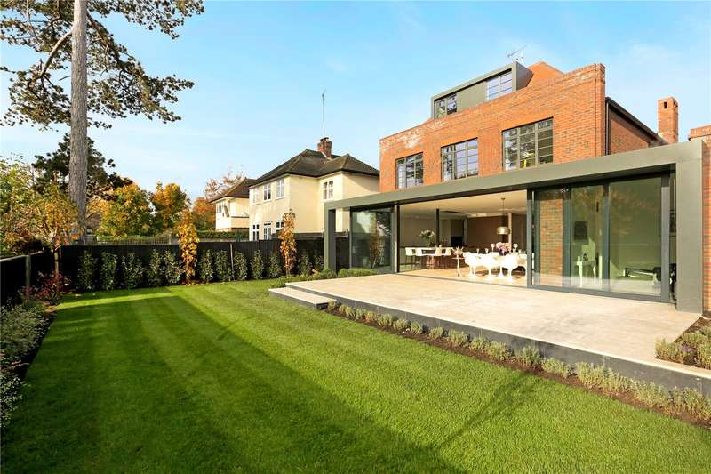 6 Bedrooms Detached House for sale in Lindisfarne Road, Wimbledon, SW20