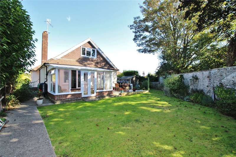 4 Bedrooms Detached Bungalow for sale in Hall Close, Offington, Worthing, BN14