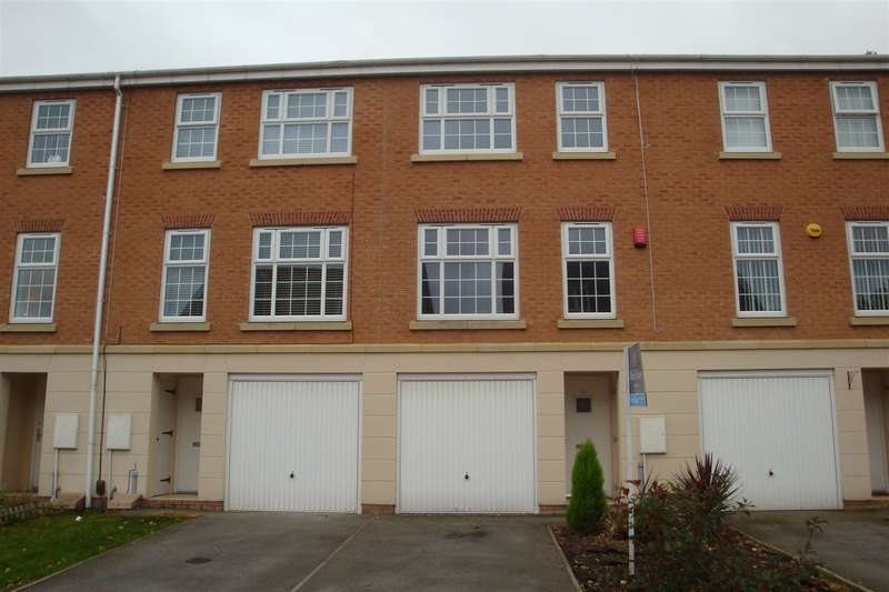 3 Bedrooms Property for sale in 4 Woodlands Chase, Kimberworth Park, Rotherham, S61 3DQ